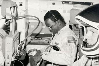 famous astronaut mcnair - photo #26