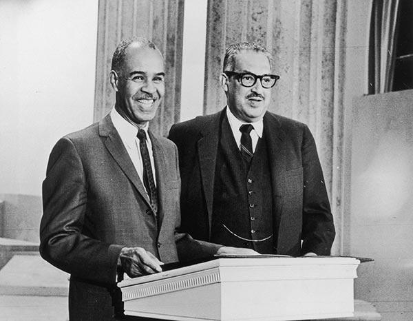 thurgood marshall research paper Thurgood marshall (july 2, 1908 - january 24, 1993) was an american lawyer, serving as associate justice of the supreme court of the united states from october 1967 until october 1991.